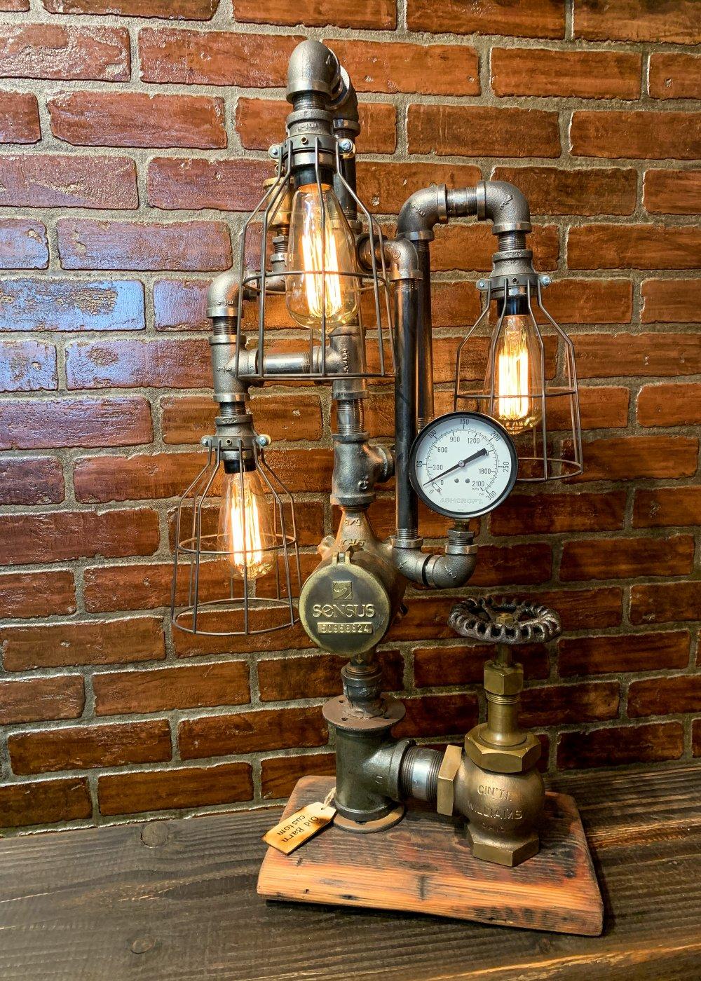 Steam punk lamp.jpg