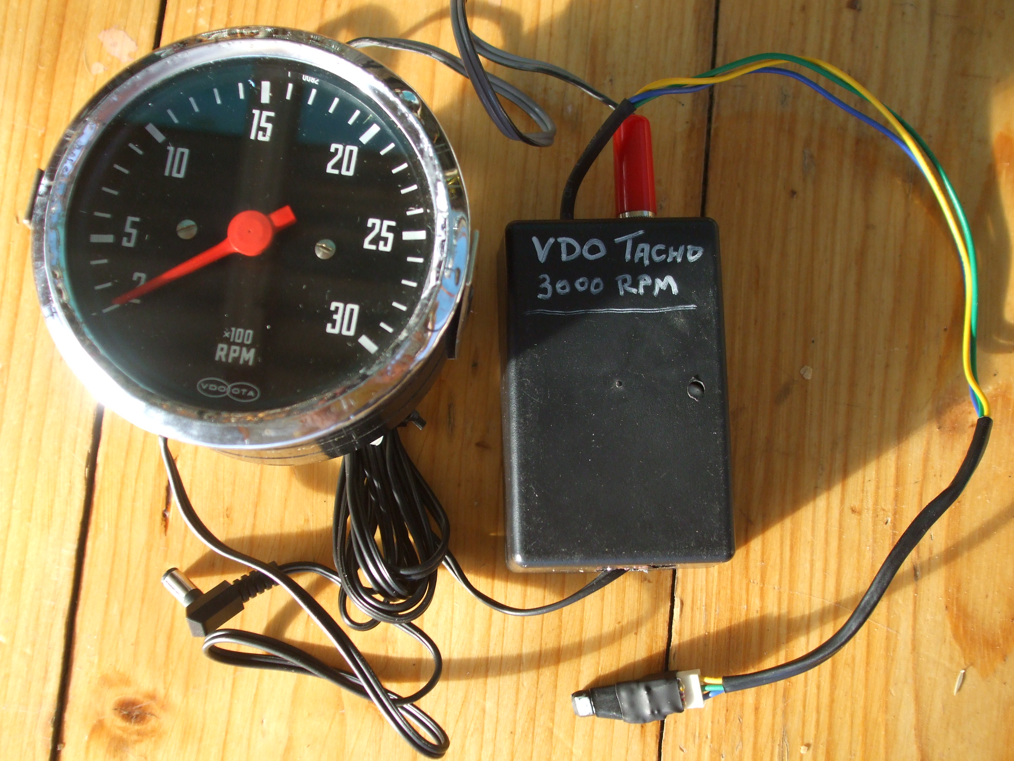newvery new to electronics need help with making a tach for a – Rpm On Vdo Gauge Wiring Diagram Magneto
